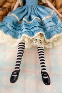 Classical Alice's tights and shoes.