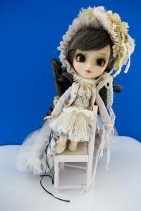 Pullip Galene's full outfit...and chair!