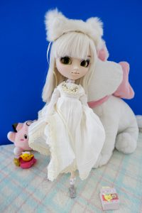 Nana-chan's dress is very soft! Ideal for a cat!