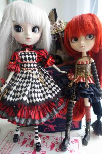 Optical Alice and Cheshire Cat