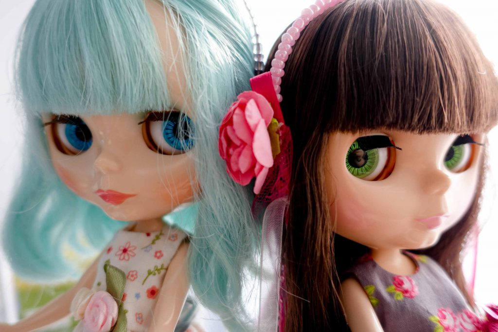 My Blythie (Ufo A GoGo) and Lola (Lorshek Molseh)