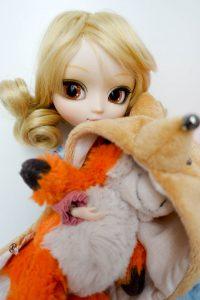 The Fox stealing a plushy