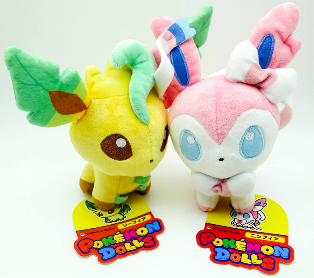 Pokemon Dolls Leafeon & Sylveon