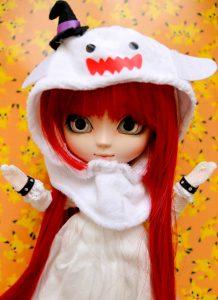 Minka, my Pullip Cheshire Cat.