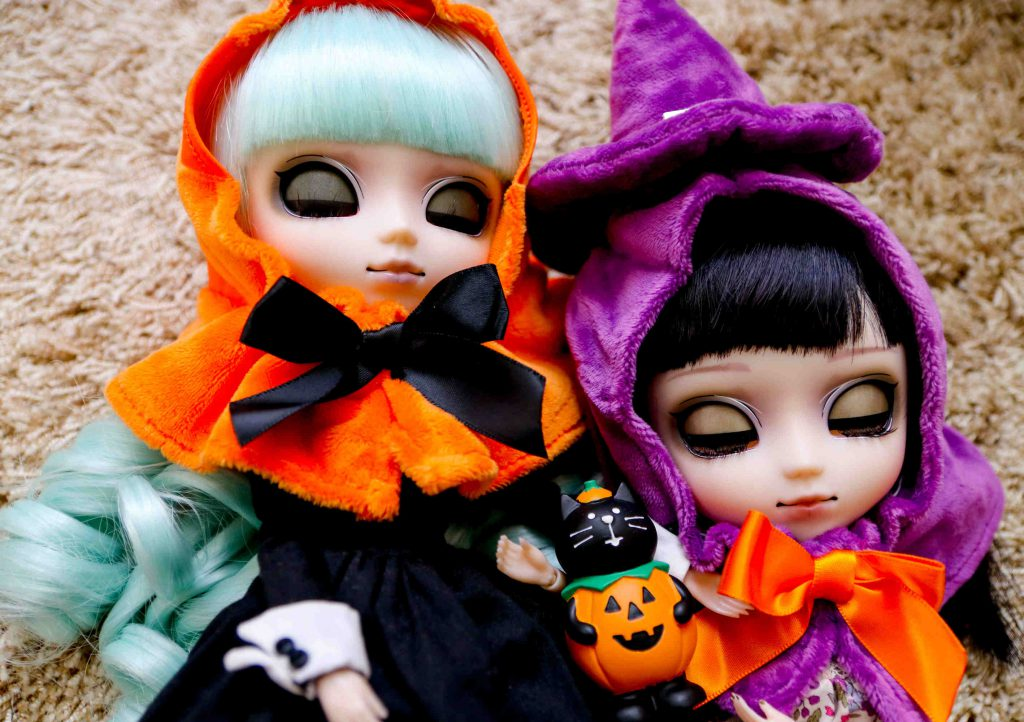Wednesday and Tsukimi, my Pullip Laura und Alura.