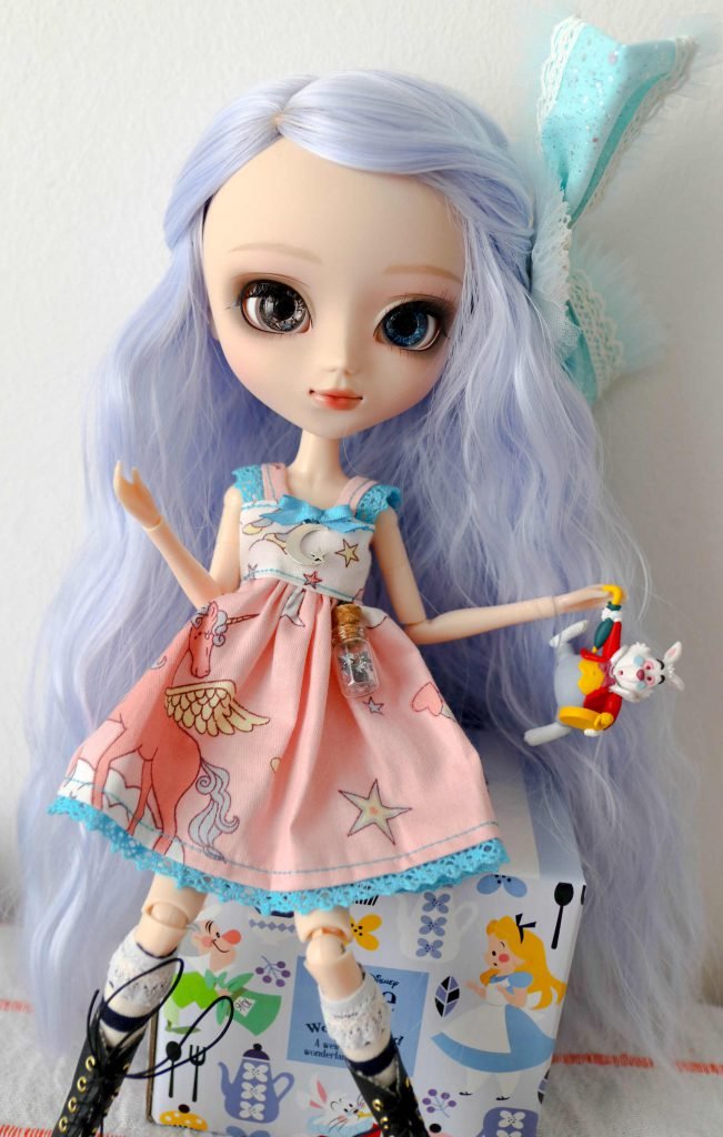 Pullip Marie with the White Rabbit.