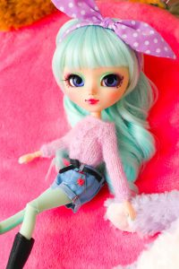 Minnie, Iris Mint by Charon Dolls