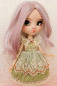 Sencha's dress