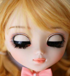 Bonnie's eyelids!