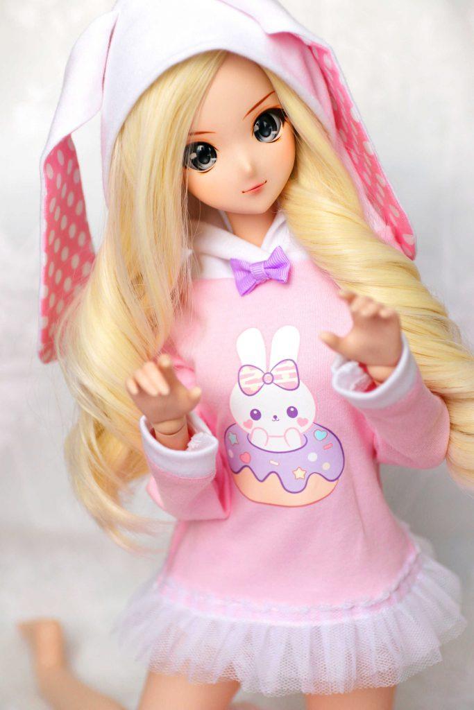 Mei in a bunny hoodie, pyon!